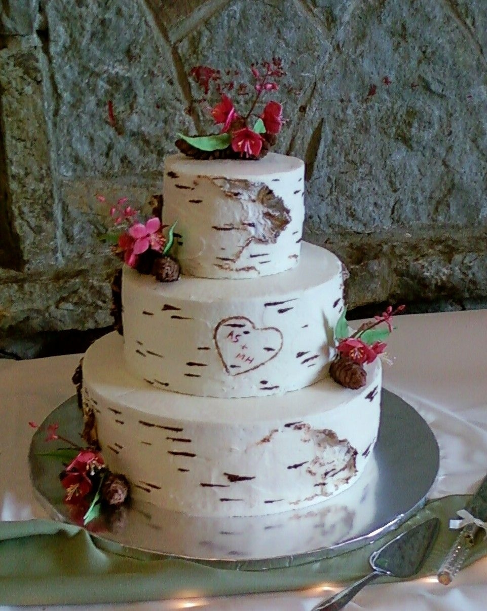 Alaskan Themed Wedding Cake