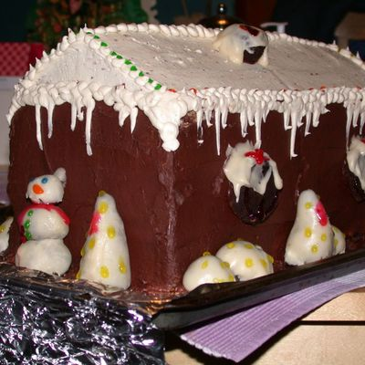 "Second ""gingerbread"" House Cake"