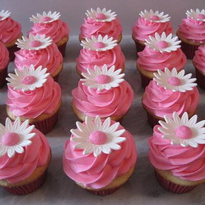 Pink Daisy Cupcakes on Cake Central