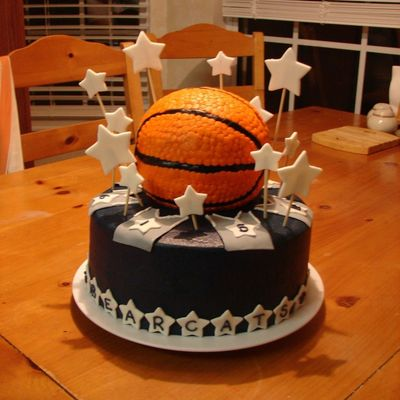 Bearcats Team Cake