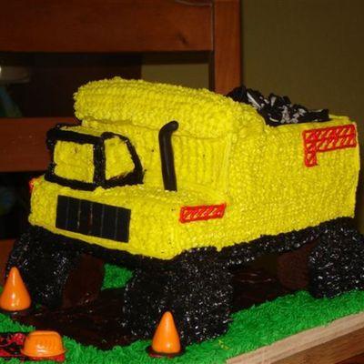 Pleasant Tonka Truck Cakecentral Com Funny Birthday Cards Online Necthendildamsfinfo
