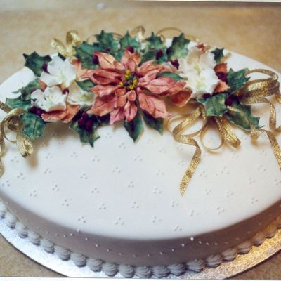 Poinsettia Cake on Cake Central