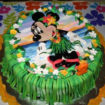 Mini Mouse Hawaiian Birthday Cake