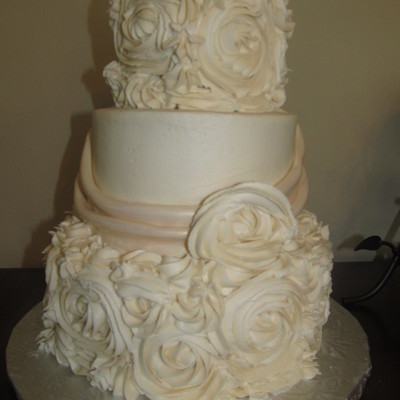 Antique Rose Wedding Cake
