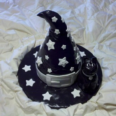 Witch/wizard Hat W/ Kitty Cat on Cake Central