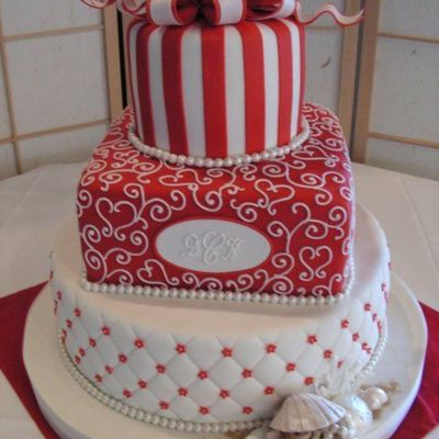 Red/white Layers/sea Shell on Cake Central