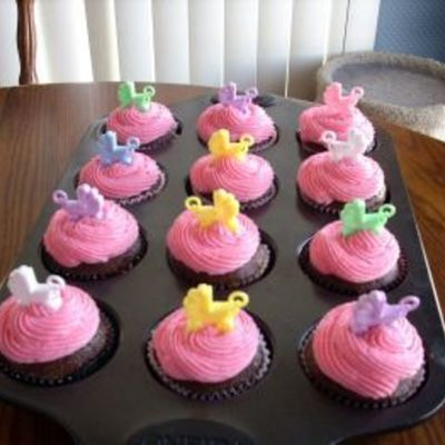 Cupcakes For Co-Worker Having A Baby Girl