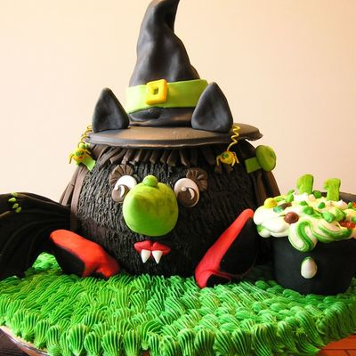 Wicked Bat Witch on Cake Central