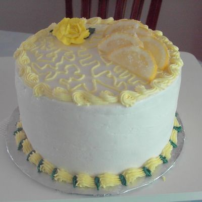 White Cake With Lemon Curd Filling