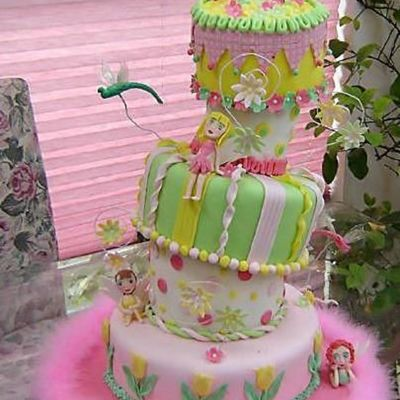 Crooked Fairy Cake... on Cake Central