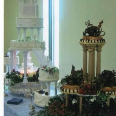 Castle Cake And Cheese Cakes