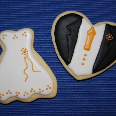Bride And Groom Cookies