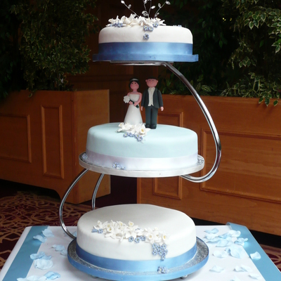 Floating Wedding Cake