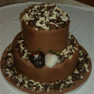 Chocolate Curl Grooms Cake