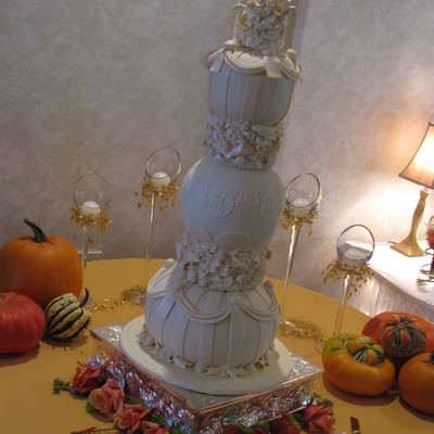 Ivory Spherical Wedding Cake