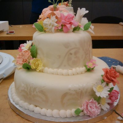 Advanced Gumpaste Flowers Class-Final Cake