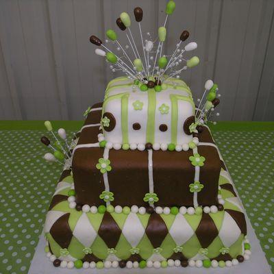 Green Cake Decorating Photos