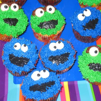 Cookie Monster And Oscar The Grouch Cupcakes