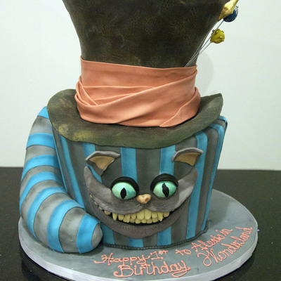 2010 Mad Hatter Cheshire Cat Cake