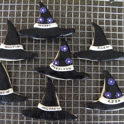 Witch Hat Cookies on Cake Central