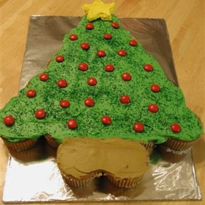 1St Cupcake Cake - Christmas Tree on Cake Central