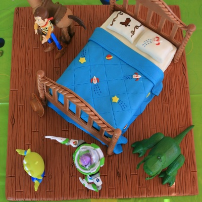 Toy Story Cake (Andy's Bed)
