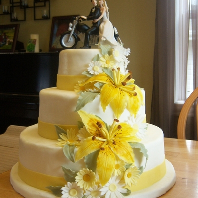 Asian Lily Wedding Cake