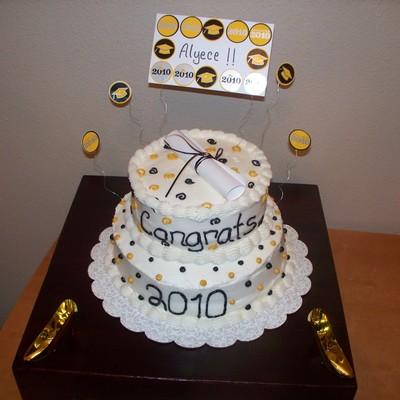 Black & Gold Graduation Cake