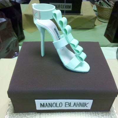 Stiletto Manolo Blahnik Shoe Box Cake