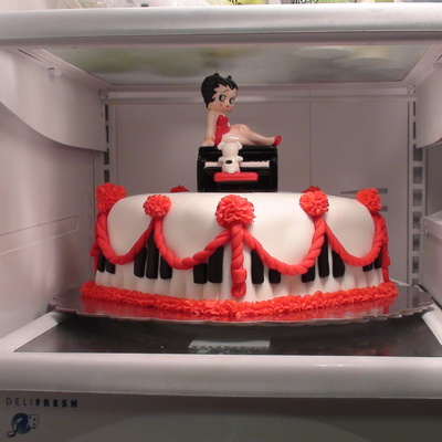 Betty Boop Birthday Cake