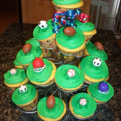 Sports Themed Cupcakes To Match Cake