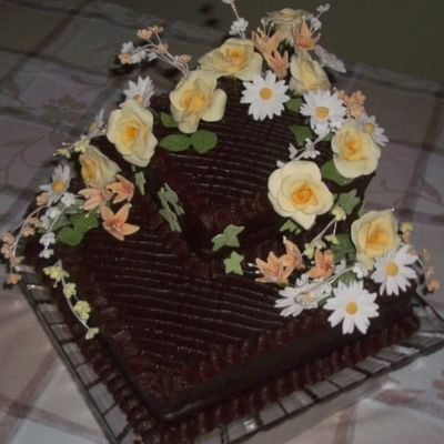 Chocolate Cake With Gumpaste Flowers