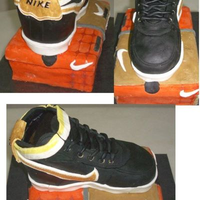 Nike Shoe Multiple Views