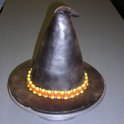 Witch Hat on Cake Central