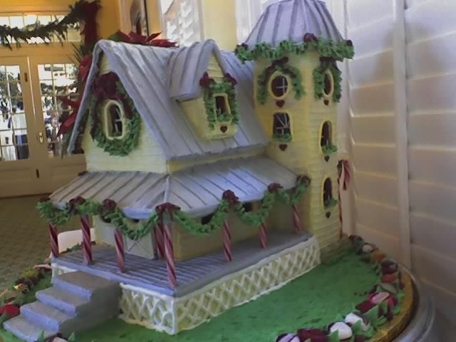 Florida Gingerbread House