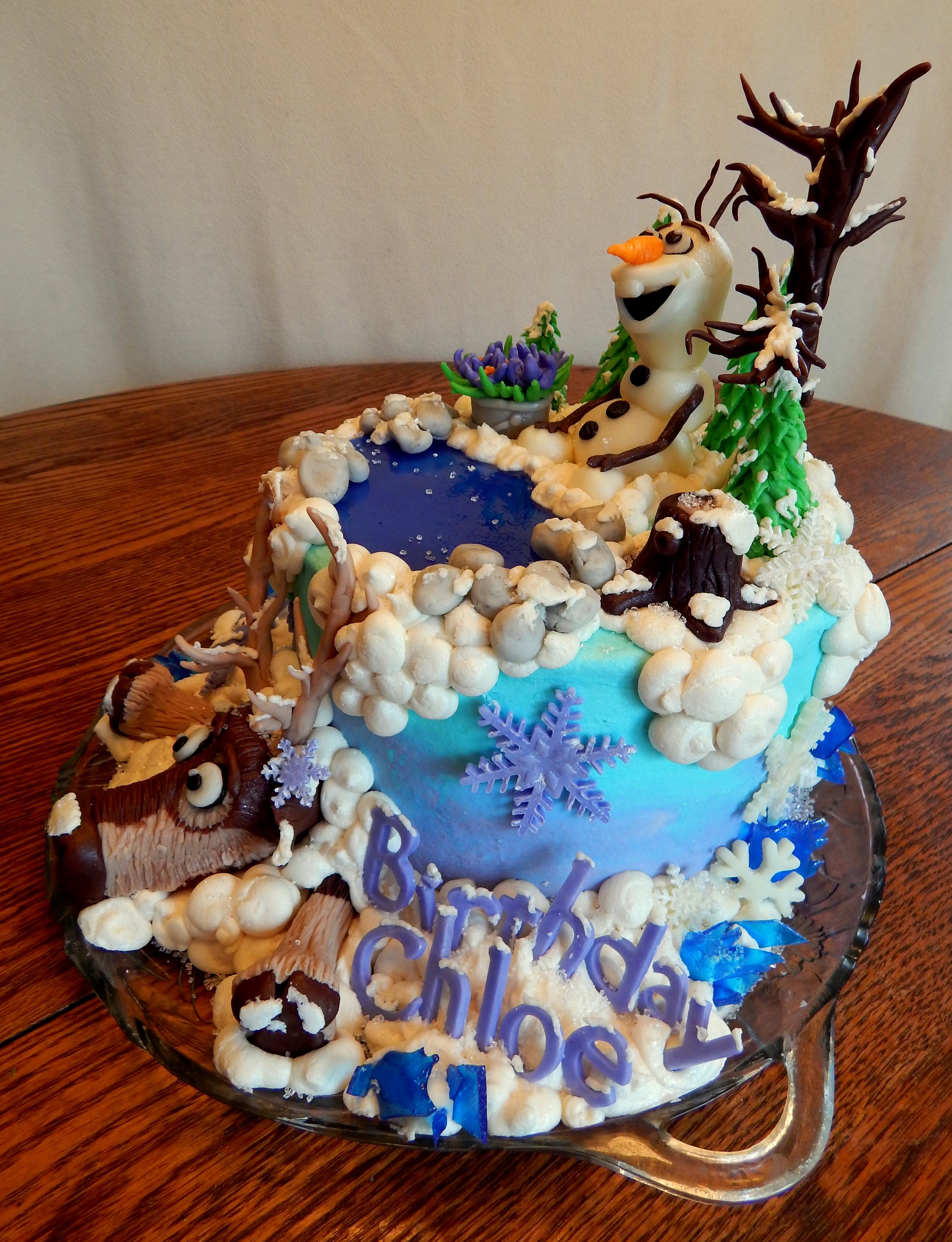 Cake Decoration Olaf : Frozen Olaf And Sven Cake - CakeCentral.com