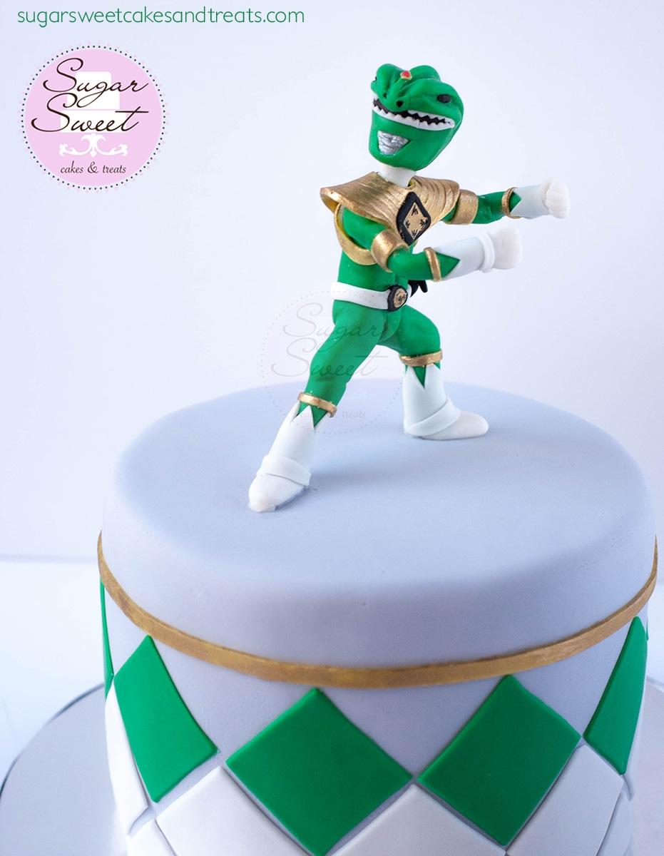 Power Ranger Cake Tutorial
