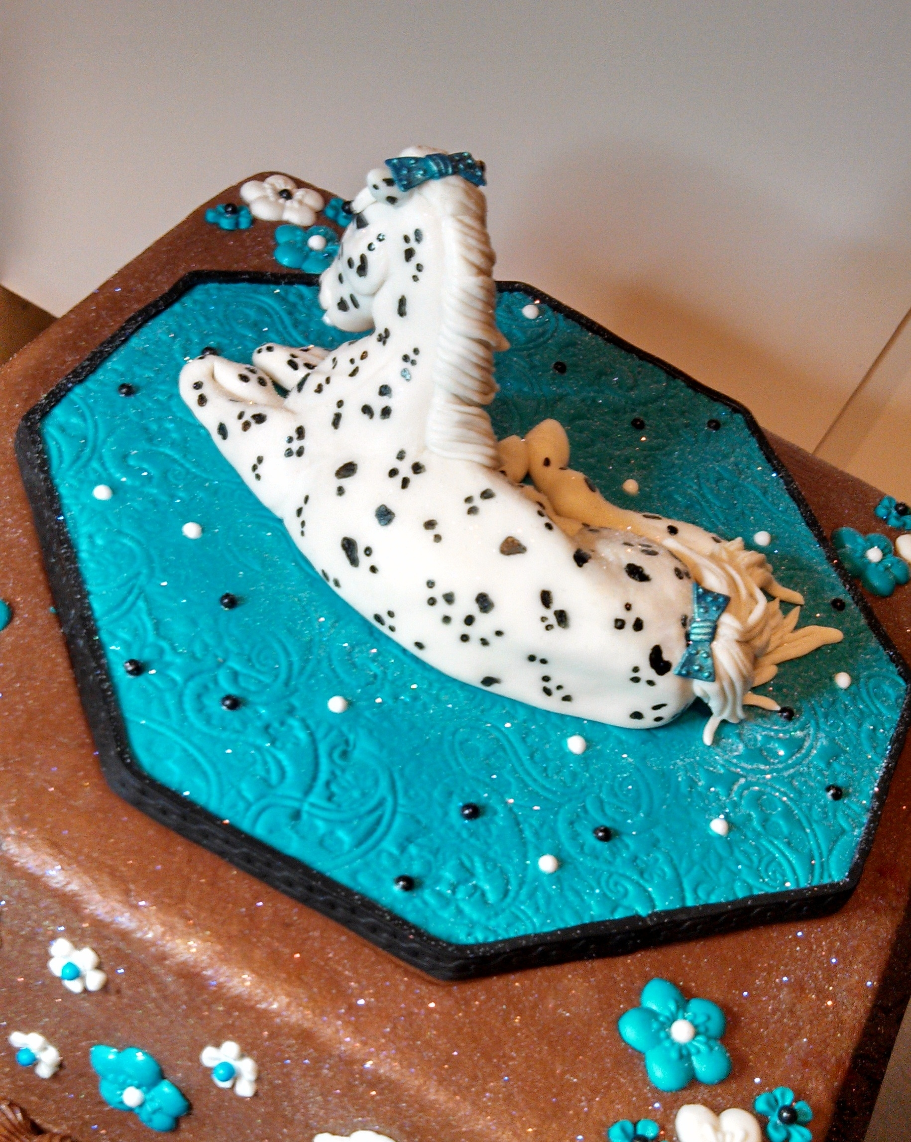 view Appoloosa (Spotted) Horse Cake front view. Butter cream cake ...