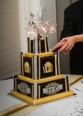Art Deco Fondant Wedding Cake For New Years Day Wedding ...