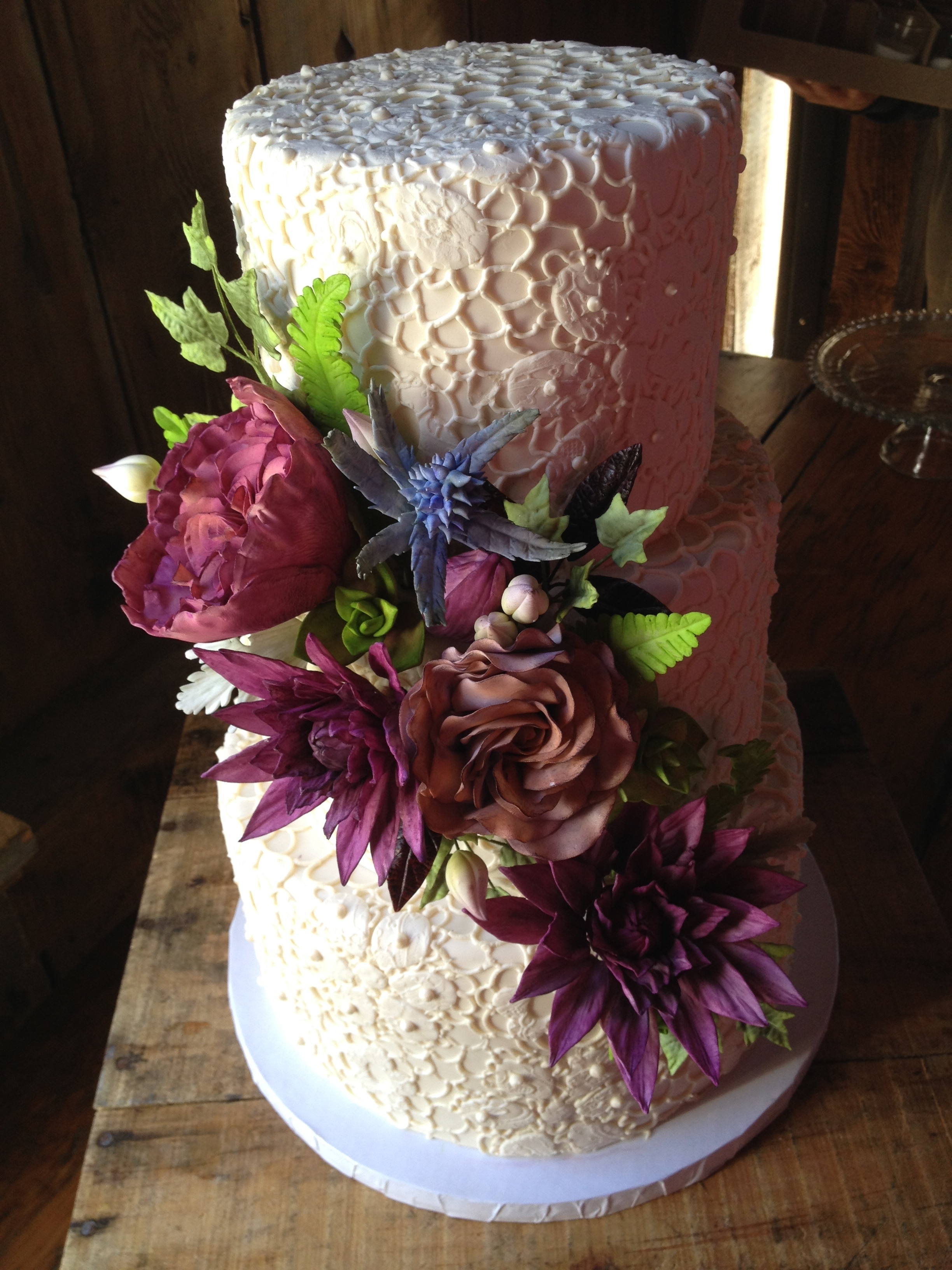 The Sugar Flowers For This Cake Were Lots Of Fun To Make ...
