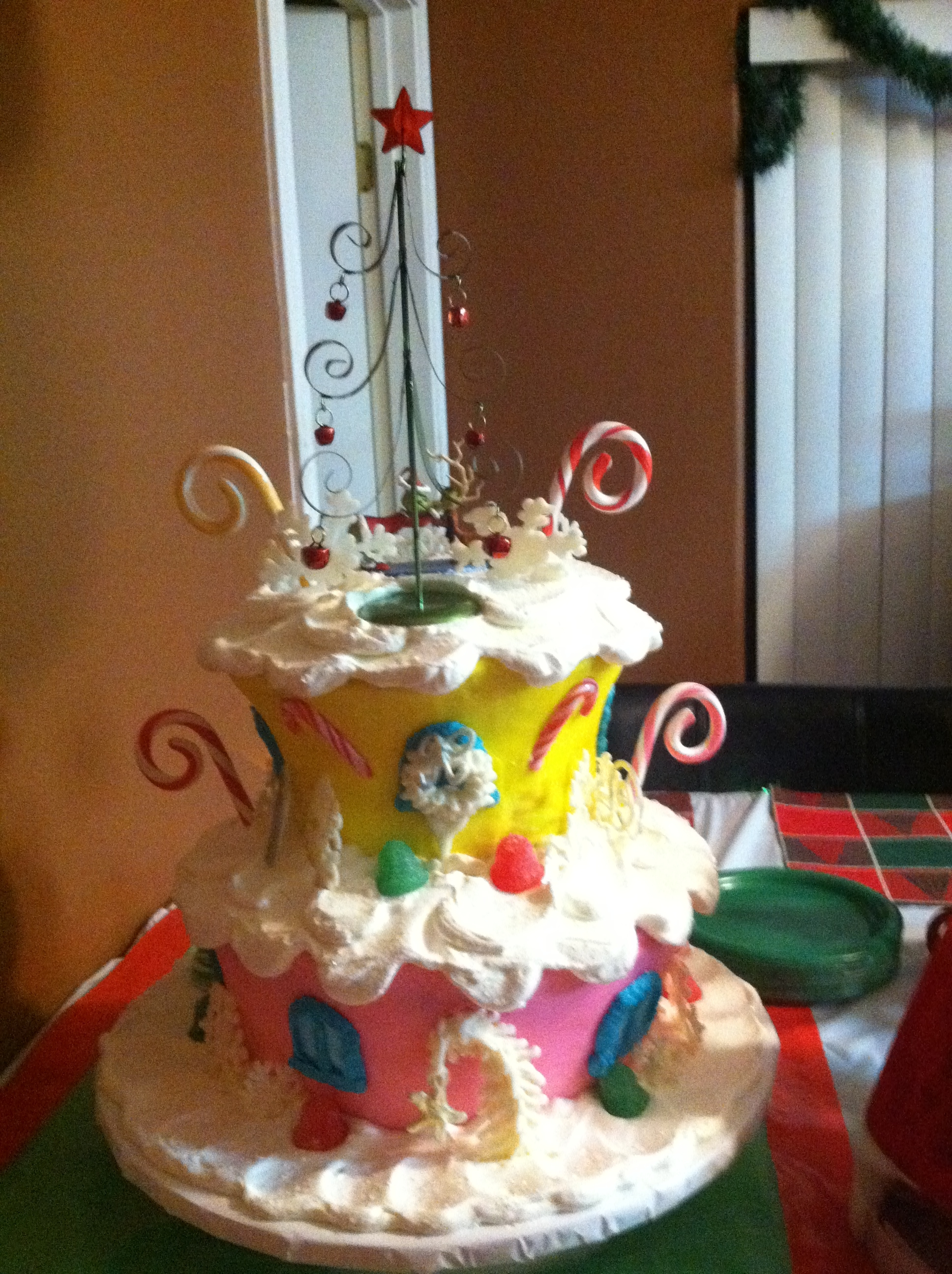 Grinch Christmas Whoville Birthday Cake Cakecentral Com