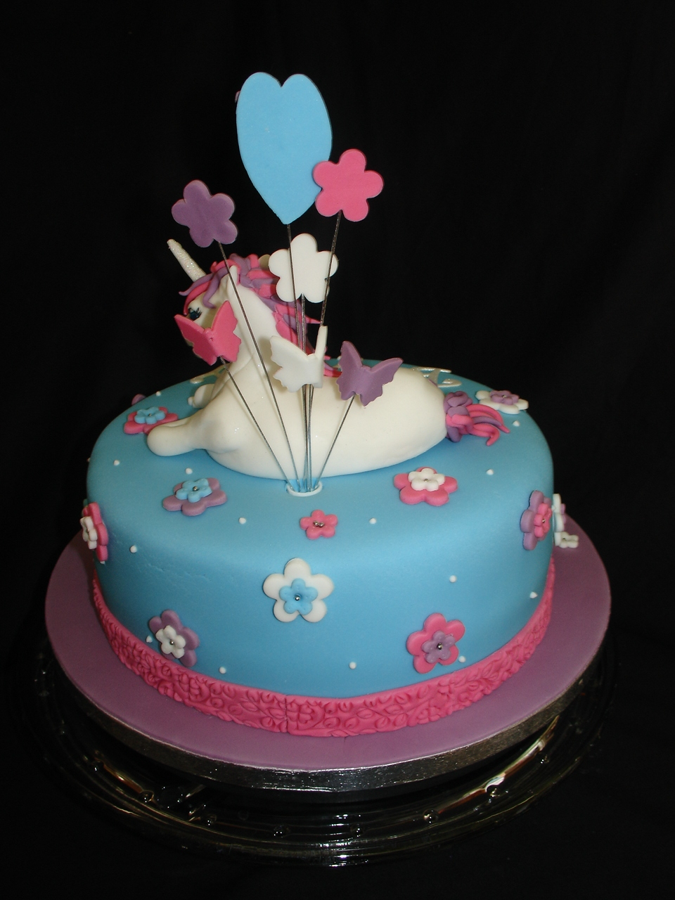 Unicorn Fondant Cake With Cupcakes Cakecentral Com