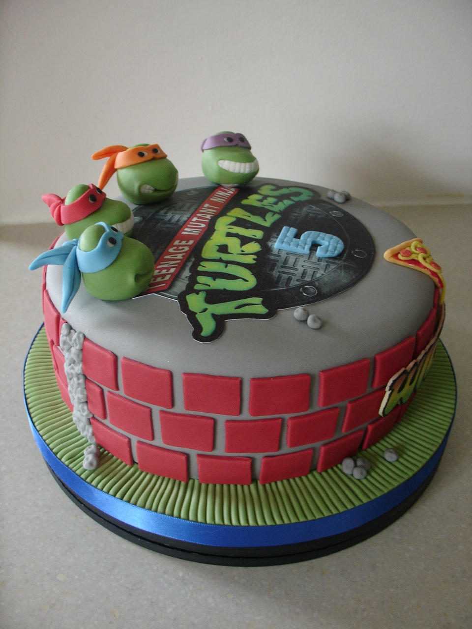 Teenage Mutant Ninja Turtles Fondant Cake Cakecentral Com