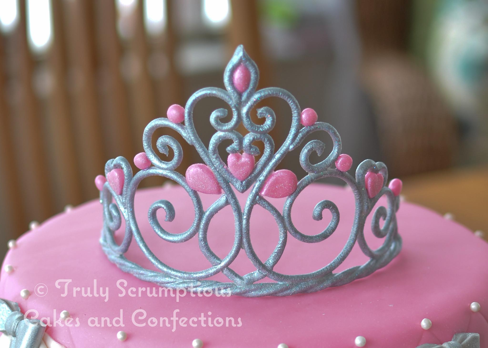 Princesstiara Cake 9 Round Chocvanilla Marble Cake Hand