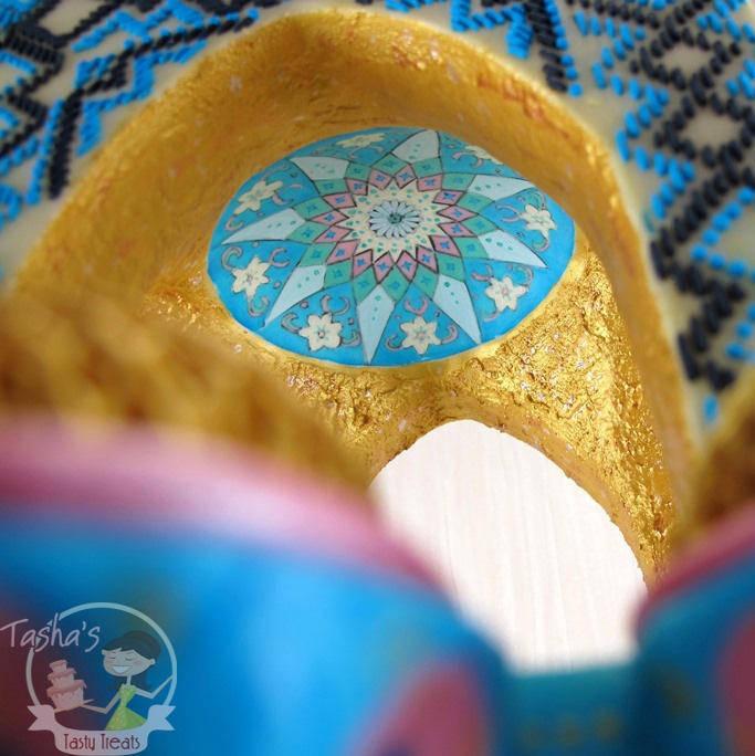 Wedding Cake Class: Iranian Architecture Inspired Wedding Cake