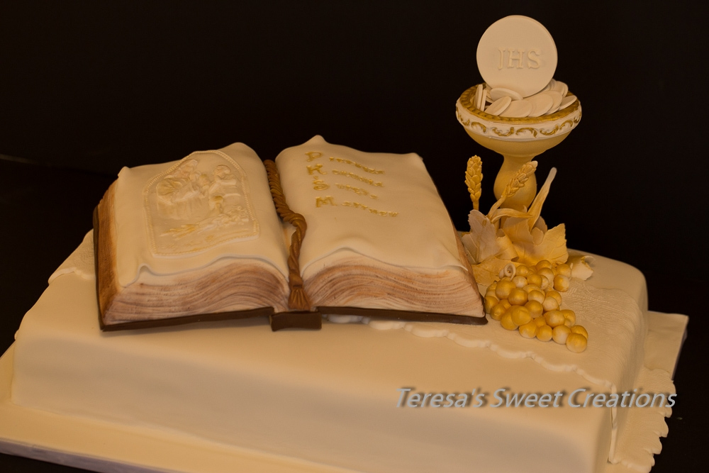 Holy first communion cake with chalice and bible life for 1st holy communion cake decoration ideas