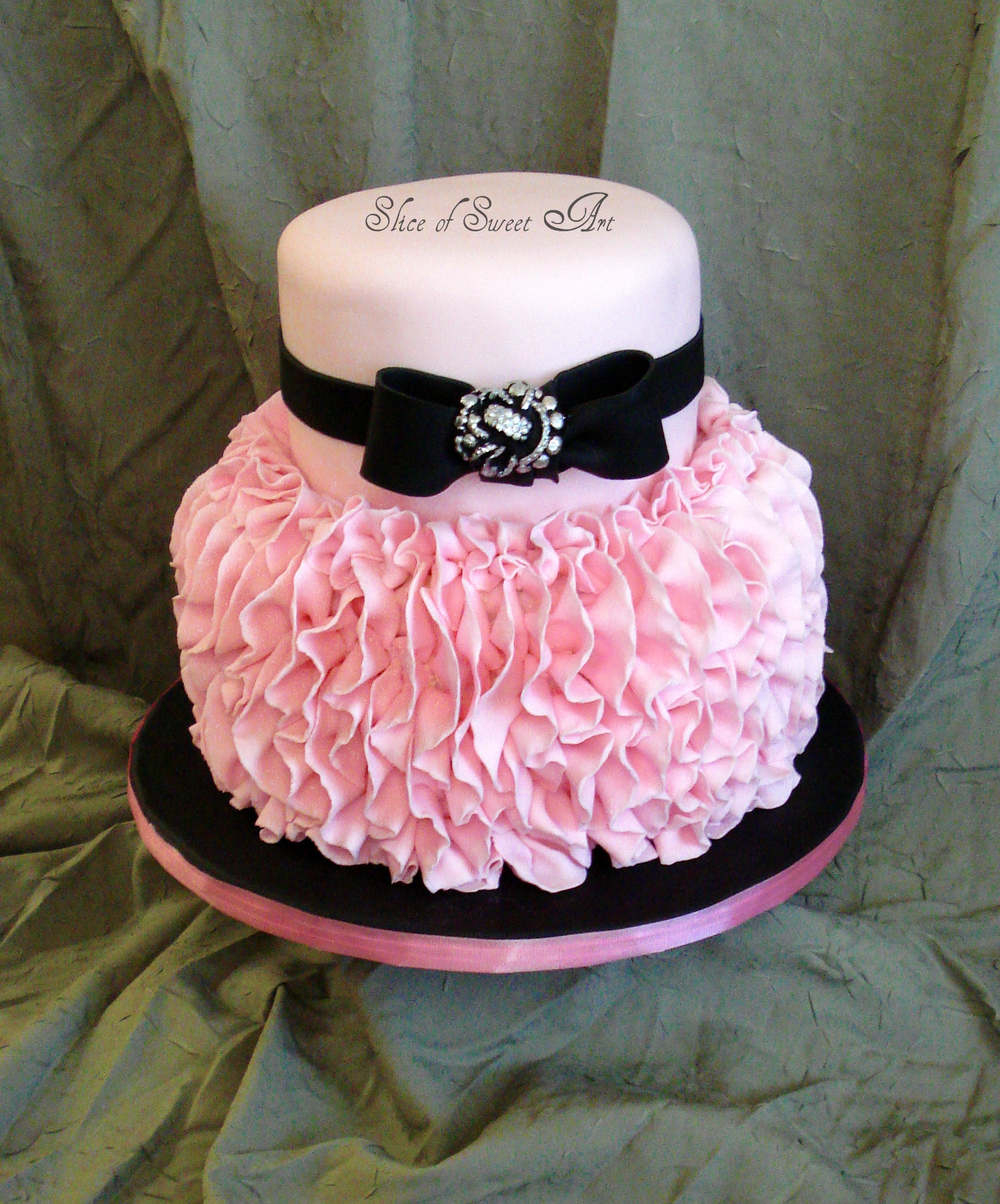 Black Pink Birthday Cakes
