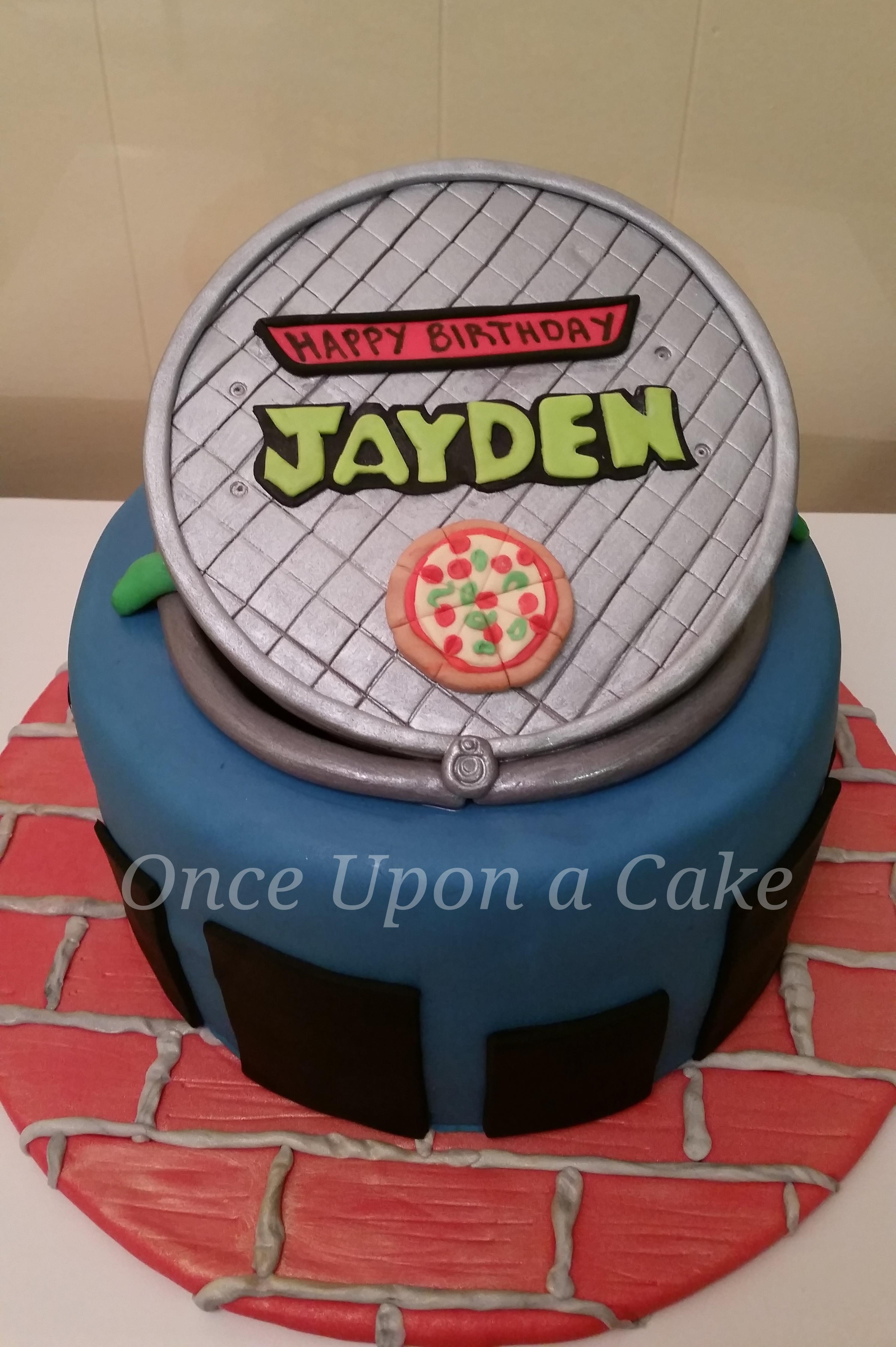 8 Round Chocolate Cake With Teenage Mutant Ninja Turtles