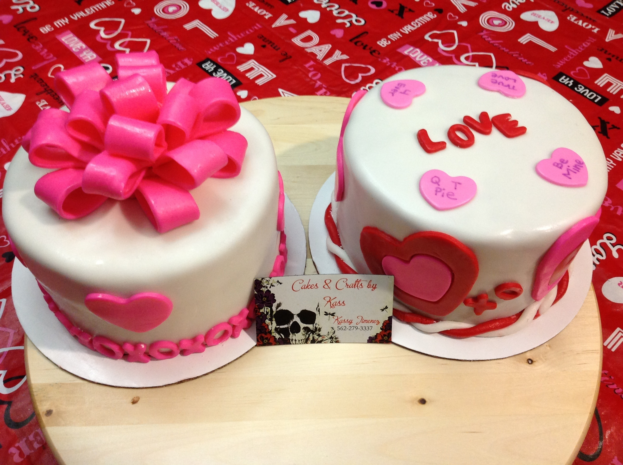 Simple cake but so cute for Cute simple cakes