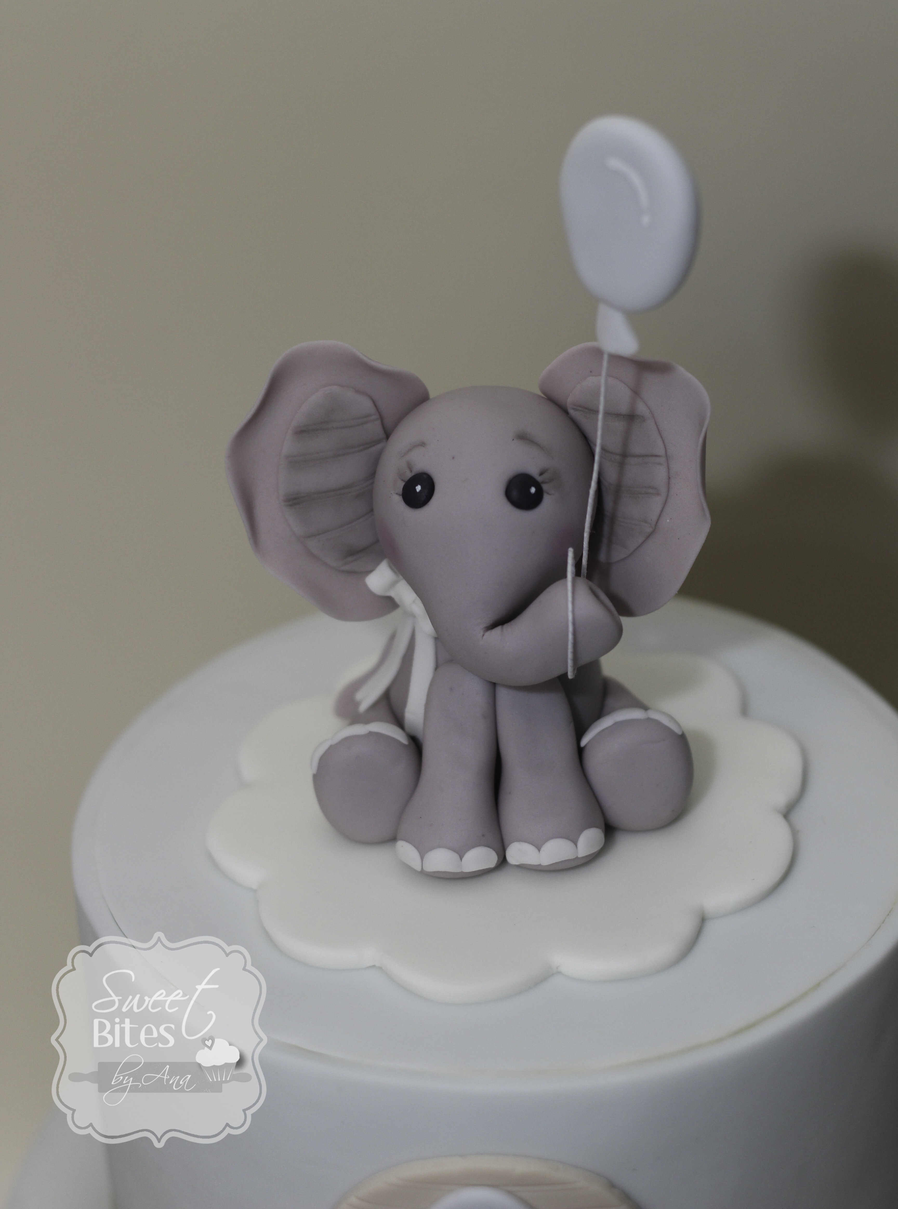 cute baby shower cake for a soon mommy to be of a baby boy bottom